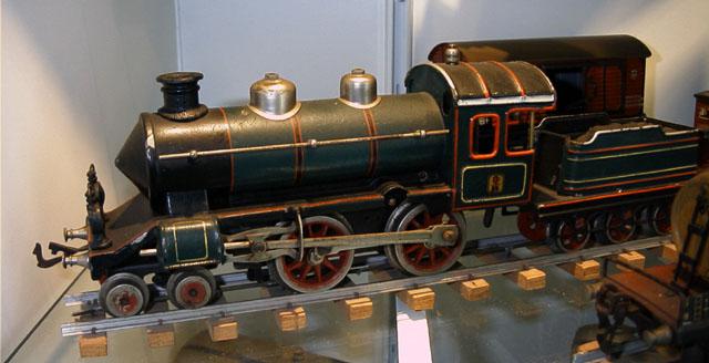 Tren de llauna