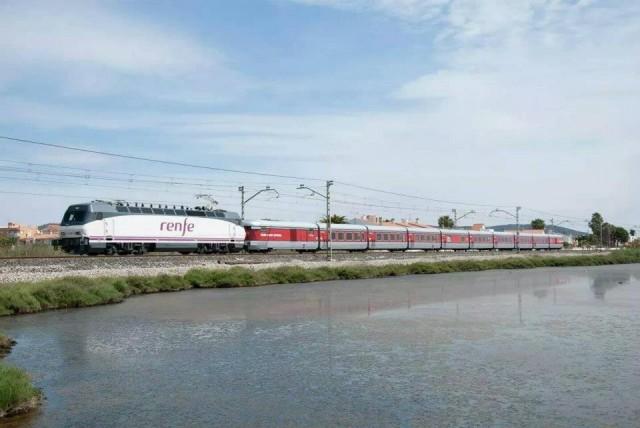Tren Tarraco Talgo
